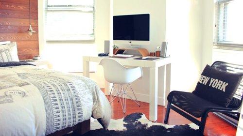 Cómo hacer que un dormitorio pequeño esté organizado y sea acogedor